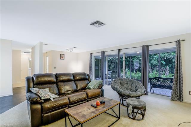 3888 Crayton Rd, Naples, FL 34103