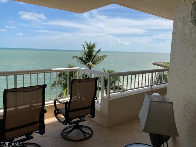 990 Capemarco Drive, Marco Island, FL 34145