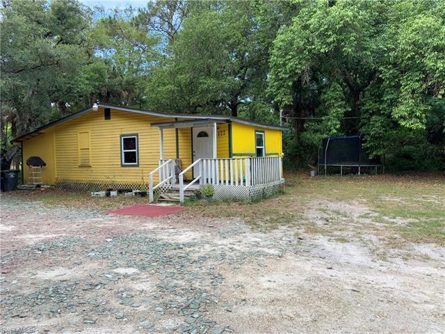 122 Santa Lucia Dr, Fort Myers, FL 33916