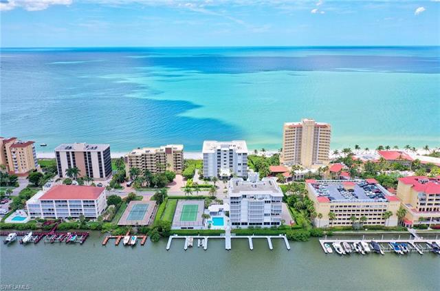 9811 Gulf Shore Dr Ph02, Naples, FL 34108