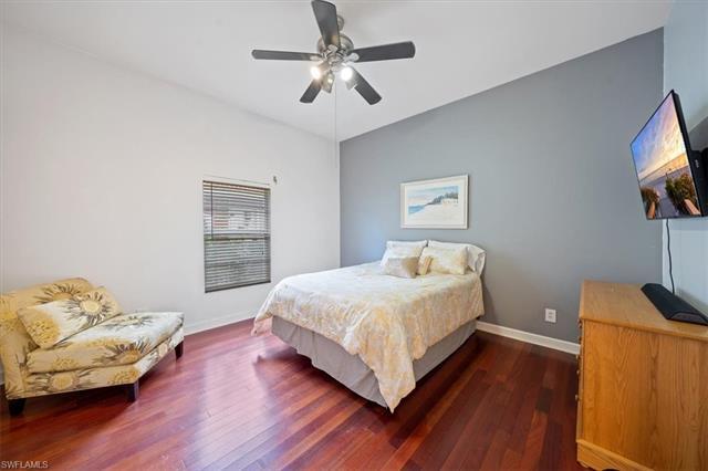 688 Provincetown Dr, Naples, FL 34104