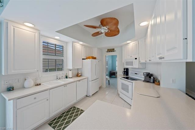 3767 Whidbey Way, Naples, FL 34119