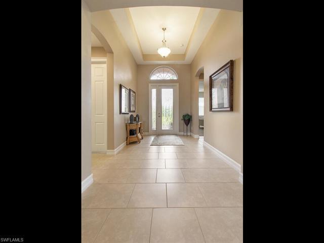 10142 Avonleigh Dr, Bonita Springs, FL 34135