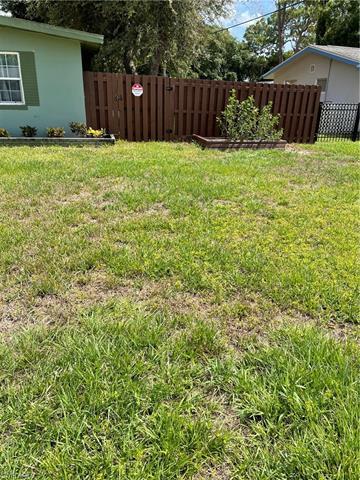 1646 Jefferson Ave, Fort Myers, FL 33901