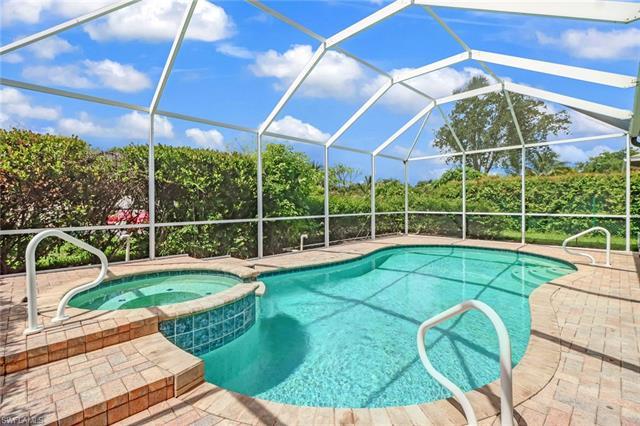 986 Grove Dr, Naples, FL 34120