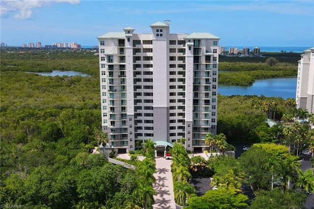 425 Cove Tower Dr 1202, Naples, FL 34110