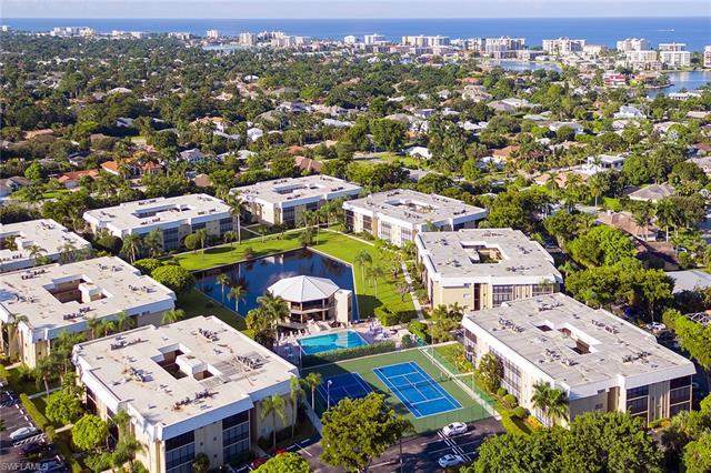 788 Park Shore Dr D26, Naples, FL 34103