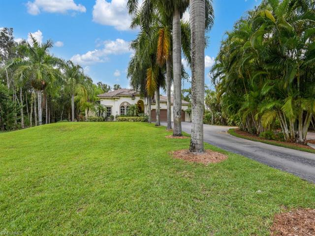 5791 Napa Woods Way, Naples, FL 34116