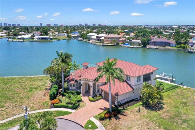 1404 Butterfield Ct, Marco Island, FL 34145