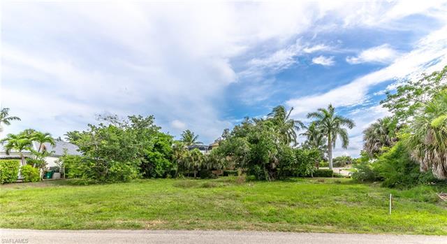 1780 Ludlow Rd, Marco Island, FL 34145