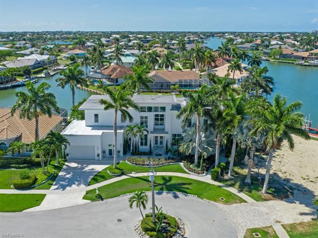 1211 Mistletoe Ct 7, Marco Island, FL 34145