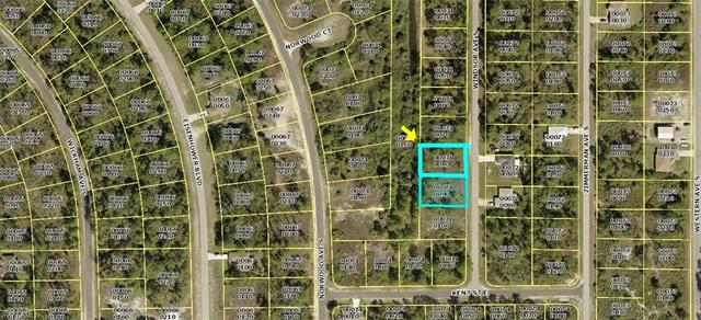 454 & 456 Windsor Ave S, Lehigh Acres, FL 33974