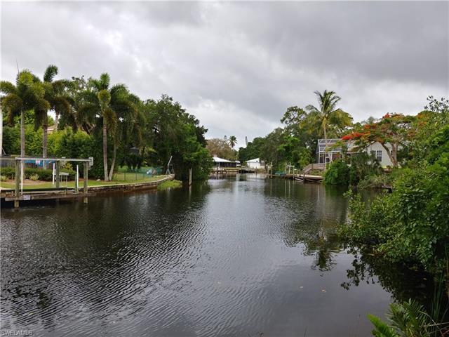27250 Williams Rd, Bonita Springs, FL 34135