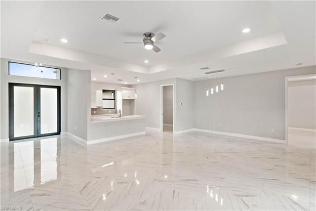 2741 4th St, Cape Coral, FL 33993