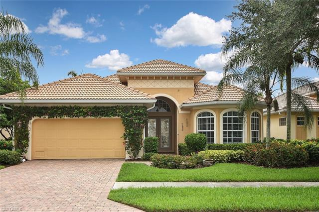 6762 Bent Grass Dr, Naples, FL 34113