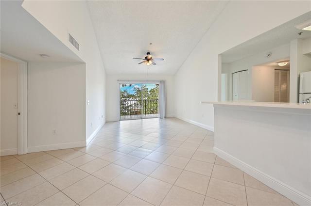 1210 Wildwood Lakes Blvd 306, Naples, FL 34104