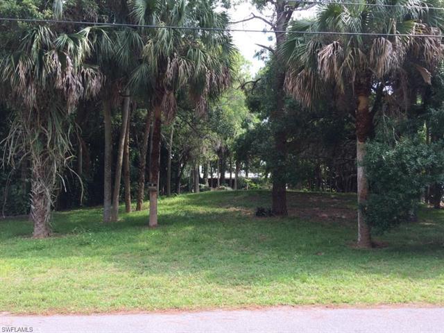 28008 Westbrook Dr, Bonita Springs, FL 34135