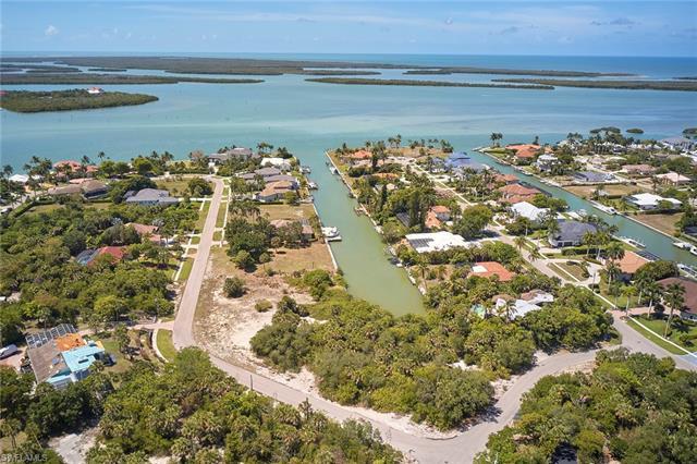 1929 Indian Hill St, Marco Island, FL 34145