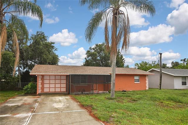 9113 Pineapple Rd, Fort Myers, FL 33967