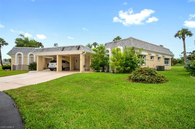 5 Greens Blvd, Lehigh Acres, FL 33936