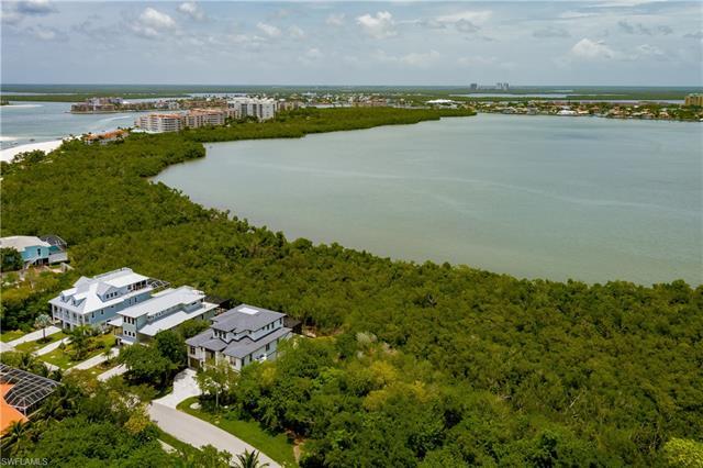 945 Royal Marco Way, Marco Island, FL 34145