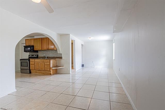 5442 Texas Ave, Naples, FL 34113
