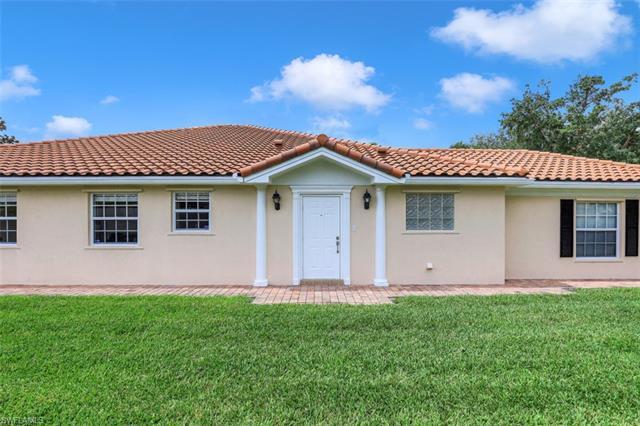 3411 Cayman Ln, Naples, FL 34119