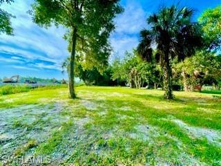 Holly Ave, Naples, FL 34112