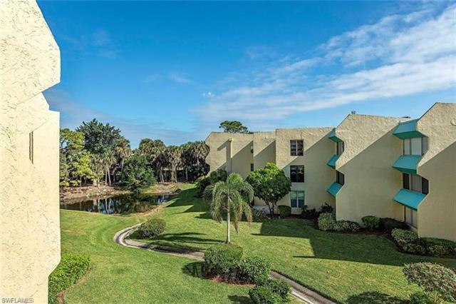 975 Palm View Dr A-104, Naples, FL 34110