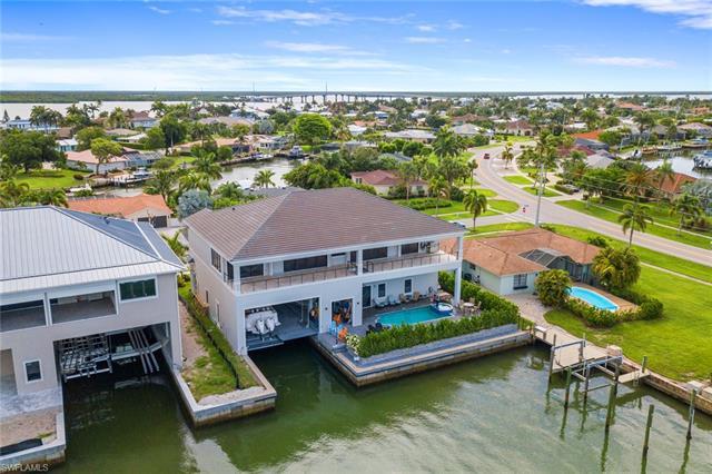 1208 Orange Ct, Marco Island, FL 34145
