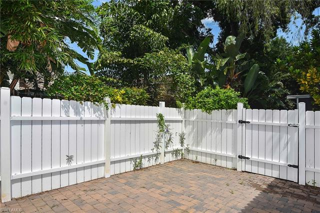 12560 Eagle Pointe Cir, Fort Myers, FL 33913