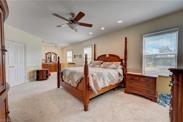 27070 Mora Rd, Bonita Springs, FL 34135