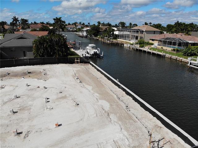 313 Rockhill Ct, Marco Island, FL 34145