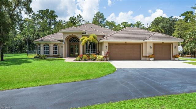 320 18th Ave Nw, Naples, FL 34120