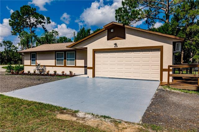 4641 Pine Ridge Rd, Naples, FL 34119