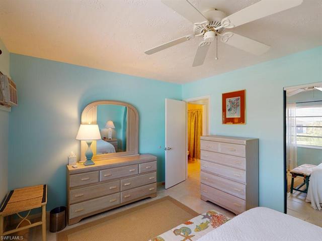 235 Seaview Ct G9, Marco Island, FL 34145