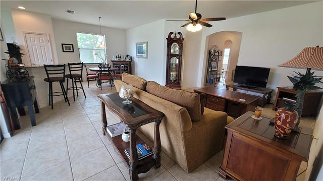 2218 19th Ave, Cape Coral, FL 33991