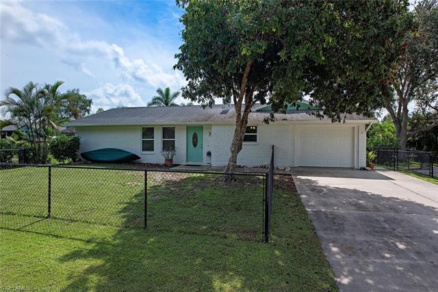 27244 Barbarosa St, Bonita Springs, FL 34135