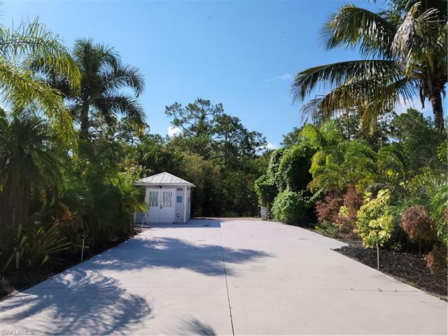 5875 Brightwood Dr, Fort Myers, FL 33905