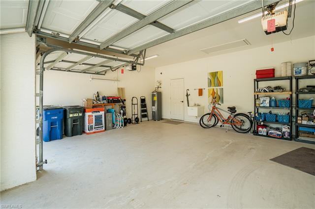 23404 Olde Meadowbrook Cir, Estero, FL 34134