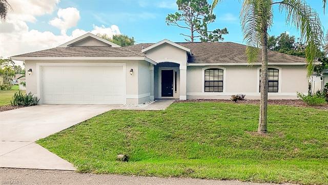 4657 Del Rio Ln, Bonita Springs, FL 34134