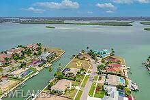 976 Sundrop Ct, Marco Island, FL 34145