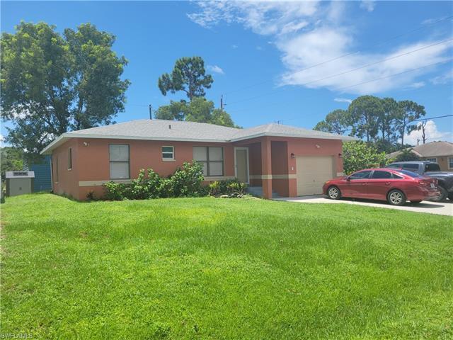 8518 Morris Rd, Fort Myers, FL 33967