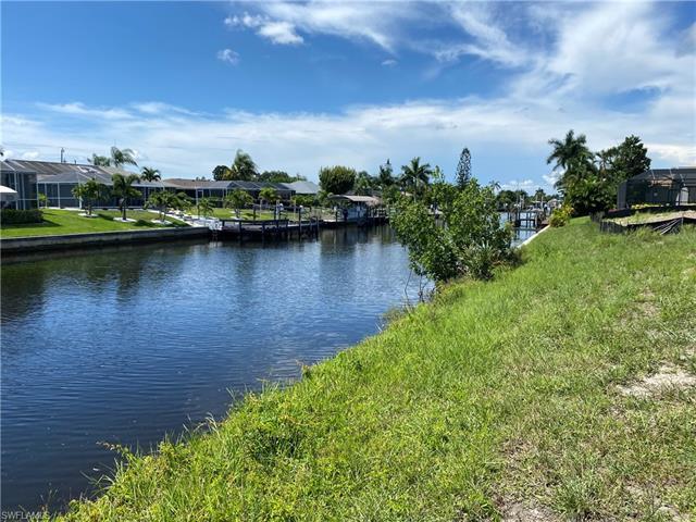 4208 5th Ave, Cape Coral, FL 33914