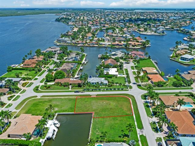 1441 Firwood Ct, Marco Island, FL 34145