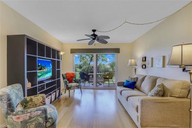 225 Turtle Lake Ct 306, Naples, FL 34105