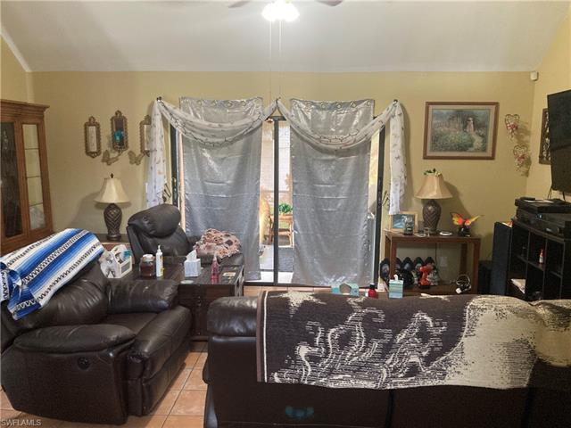 8475 Pennsylvania Blvd, Fort Myers, FL 33967