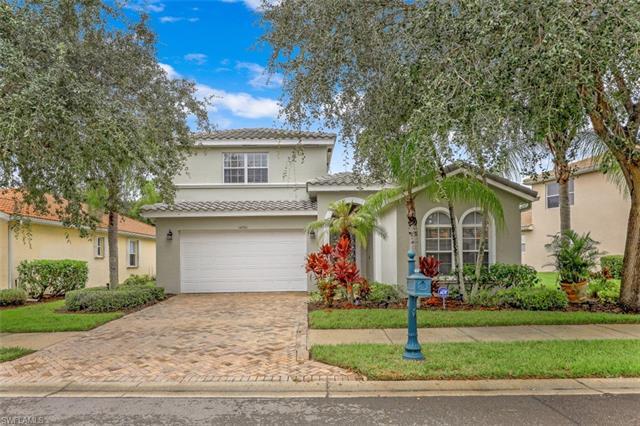 14561 Sterling Oaks Dr, Naples, FL 34110
