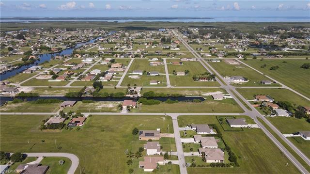 3310 15th Ln, Cape Coral, FL 33993