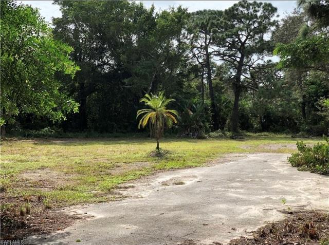 25 East Ave, Naples, FL 34108